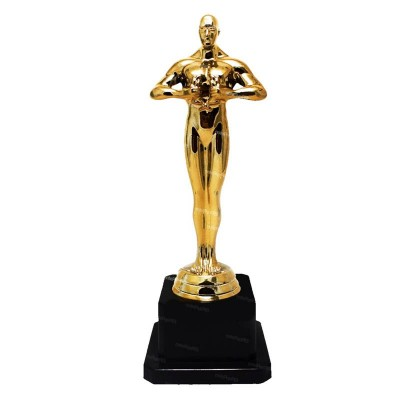 Oscar in Plastica cm 22
